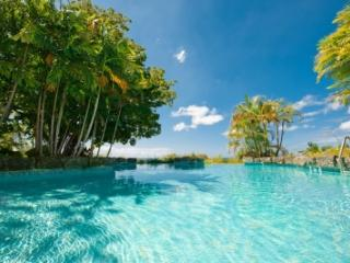 6 Bedroom House with Infinity Swimming Pool in Mullins Bay - Mullins vacation rentals
