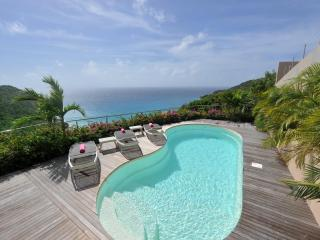 Stunning 3 Bedroom with Private Pool overlooking the Beach of Gouverneur - Gouverneur vacation rentals