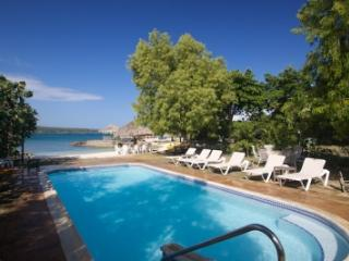 5 Bedrooms Waterfront Villa in Discovery Bay - Jamaica vacation rentals