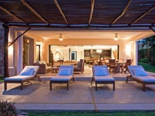 Modern 4 Bedroom Condo in Punta Mita - Punta de Mita vacation rentals
