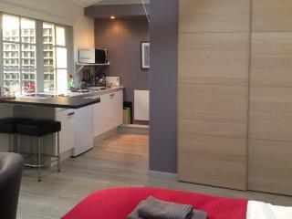 Peaceful studio in the heart of Honfleur - Honfleur vacation rentals