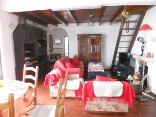 Lovely 4 bedroom Vacation Rental in Aljezur - Aljezur vacation rentals
