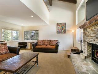 Rainbow Villas 3 - Mammoth Condo -Near Canyon Lift - Mammoth Lakes vacation rentals