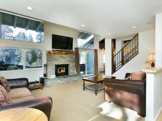 Rainbow Villas 3 - Mammoth Condo -Near Canyon Lift - Mammoth Lakes vacation rentals