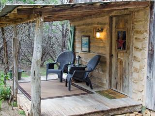 1 bedroom Cabin with A/C in Fredericksburg - Fredericksburg vacation rentals