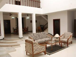 A spacious independent house with a courtyard - Chennai (Madras) vacation rentals