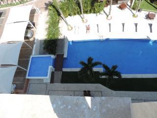 Beautiful Condo with Internet Access and Dishwasher - Nuevo Vallarta vacation rentals