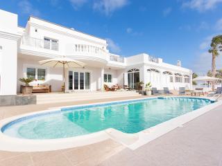 VILLA AZAHAR - Costa Teguise vacation rentals