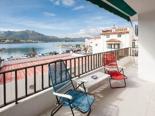Sunny 3 bedroom El Port de la Selva Apartment with Internet Access - El Port de la Selva vacation rentals