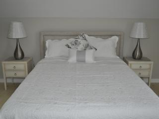 Harmony Gallery Guest House - NEW! - Niagara Falls vacation rentals