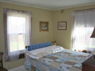 Vermont Farmhouse Rooms to share - Chester vacation rentals