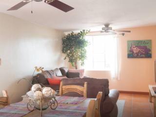 Charming Central Tucson Casita - Tucson vacation rentals