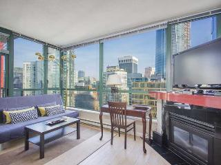 Centrally located Condo in the Heart of Downtown Vancouver - Vancouver vacation rentals