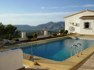 Las Aguilas tranquil villa private pool near sea - Benidoleig vacation rentals