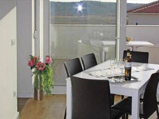 Marino Z21 ap. for 6 people with a pool - Novalja vacation rentals