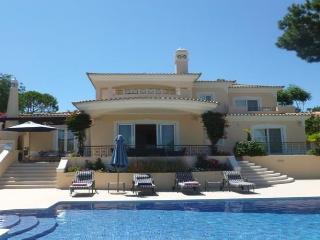 Pinheiros Altos 53 - - Quinta do Lago vacation rentals