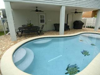2307 Ave C Unit A - Bradenton Beach vacation rentals