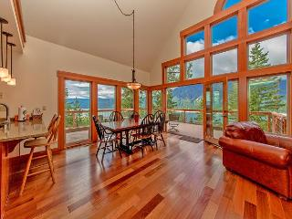 Get FREE Nights! New, Custom Home overlooking Lake Cle Elum! 4BR/4BA! - North Cascades Area vacation rentals