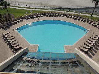 Oceanside view, Ocean Creek S Tower #QQ1, N Myrtle Beach, SC - Myrtle Beach vacation rentals