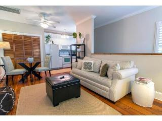 One Bedroom Carriage House in an excellent location! - Savannah vacation rentals
