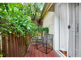 Historic carriage home with a garden view balcony - Savannah vacation rentals