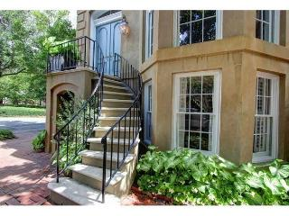 Luxurious one bedroom on Troup Square - Georgia Coast vacation rentals