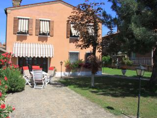 Cozy 2 bedroom Murano Townhouse with Internet Access - Murano vacation rentals
