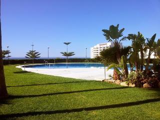 Beachfront Benalmadena Costa,Coloso C,Golf nearby - Benalmadena vacation rentals