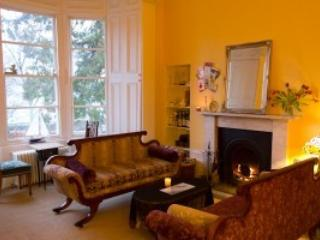 7 bedroom House with Internet Access in St Catherines - St Catherines vacation rentals