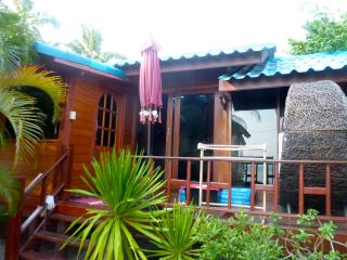 Cosy beach house with sunset view - Koh Phangan vacation rentals