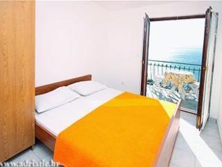 Apartment near beach - Mimice vacation rentals