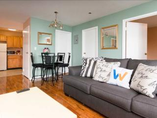 Spacious by Astoria park - Astoria vacation rentals