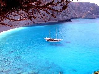Les iles grecques en goélette - Hermoupolis vacation rentals