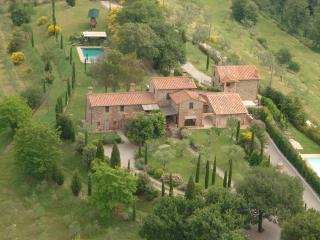 Beautiful 7 bedroom Villa in Chiusi - Chiusi vacation rentals