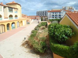 Nice Condo with Balcony and Short Breaks Allowed - Le Barcares vacation rentals