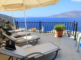 Spacious 5 bedroom Villa in Kalkan - Kalkan vacation rentals