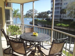 Siesta Harbour 55+ Condo - View of Inter-Coastal - Siesta Key vacation rentals