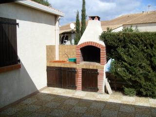 2 bedroom House with Central Heating in Gruissan - Gruissan vacation rentals
