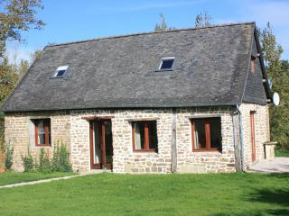 Bright Barn with Internet Access and Satellite Or Cable TV - Larchamp vacation rentals