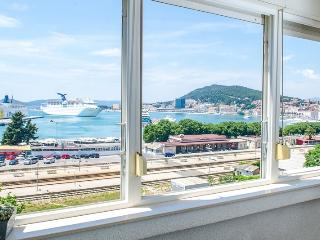 Top Point next to the beach and Old town - Split vacation rentals