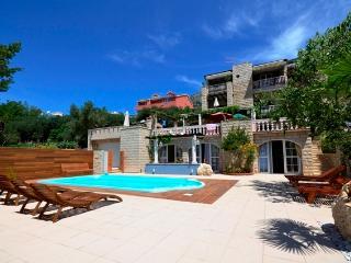 Luxury Apartment Villa  Tomas with swiming pool - Tucepi vacation rentals