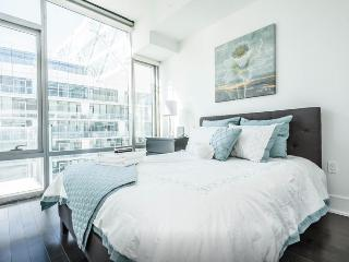 Superb Waterfront Condo! - Toronto vacation rentals
