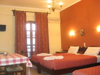 Iro Apts: Studio in Chania town near the beach - Chania vacation rentals