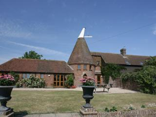 ASHBOURNE OAST - Battle vacation rentals