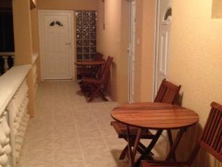 1 bedroom Apartment with A/C in Nin - Nin vacation rentals