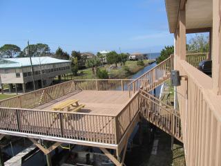 2 bedroom House with Deck in Horseshoe Beach - Horseshoe Beach vacation rentals