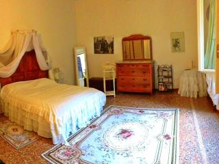 Lovely 2 bedroom Condo in Bologna - Bologna vacation rentals