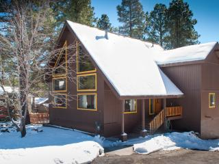 Sale weekday: jan,feb,march 20%off 3 bed+Den Nakai Chalet  Luxury/furnishings - Flagstaff vacation rentals