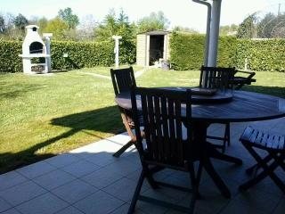 Nice House with Internet Access and Dishwasher - Sainte Foy-la-Grande vacation rentals