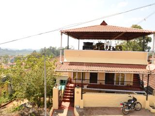 3 bedroom Cottage with Internet Access in Valparai - Valparai vacation rentals